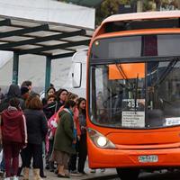 Buses de transporte público mantendrán la operación durante la cuarentena en 7 comunas.