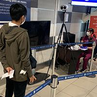 """Implementan """"Barrera Digital"""" en Aduana Sanitaria de Aeropuerto de Santiago"""